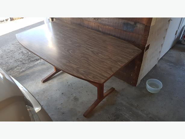 FREE: dining table and coffee table