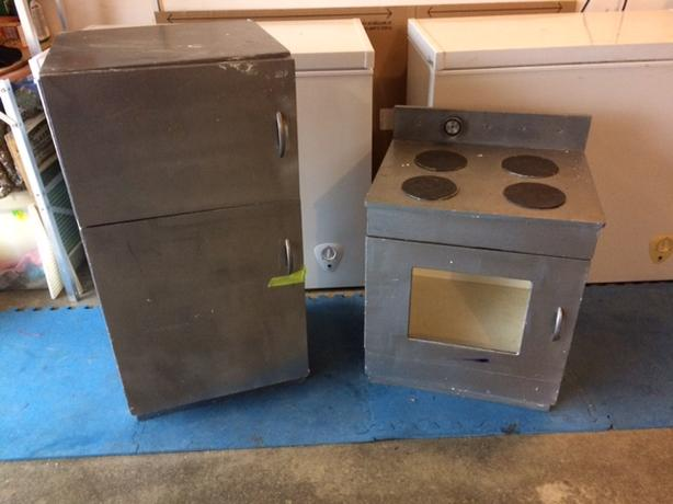 FREE: Child's play fridge and stove