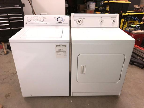 GE Washer and Kenmore Dryer Set