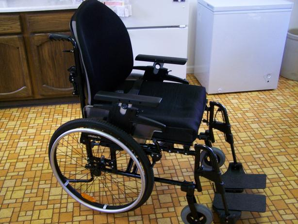 Manual Wheelchair - Ottobock