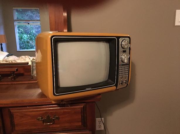 old retro color tv.
