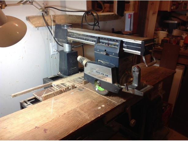 "Tecomaster Professional 10"" Radial Arm Saw"