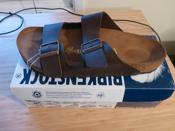 buy online 061ea 4efbf  Log In needed $100 · *NEW* Birkenstock Men's Arizona Brown Size 43