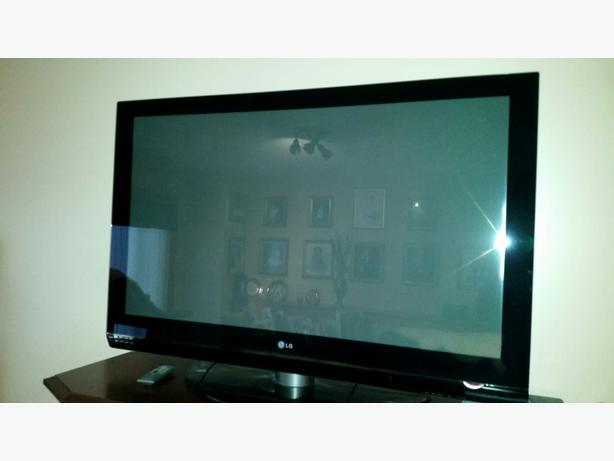 LG 50PG25 Plasma TV for sale