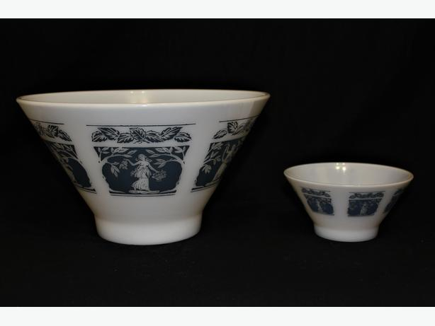 Vintage Milk Glass Chip & Dip Bowl Set Hazel Atlas Greek