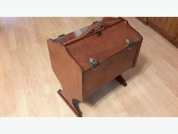 Vintage Wooden Sewing Box / Knitting / Wood Craft / Hobby Chest