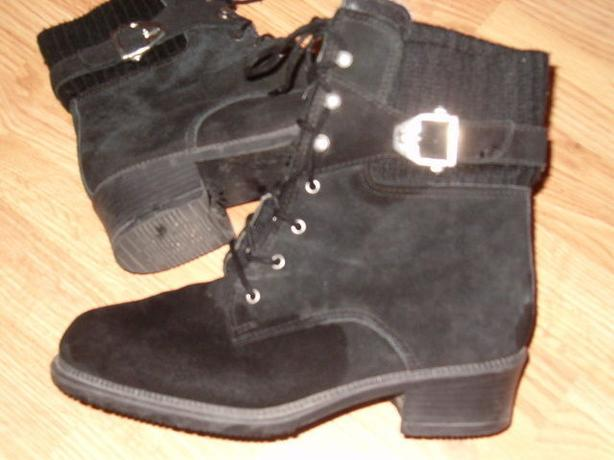 woman boots , by tayor , size 7 ,