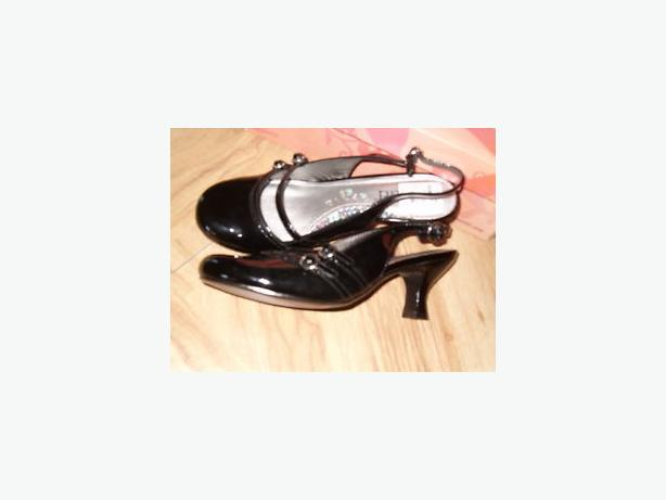 women mudd actress black dress shoes