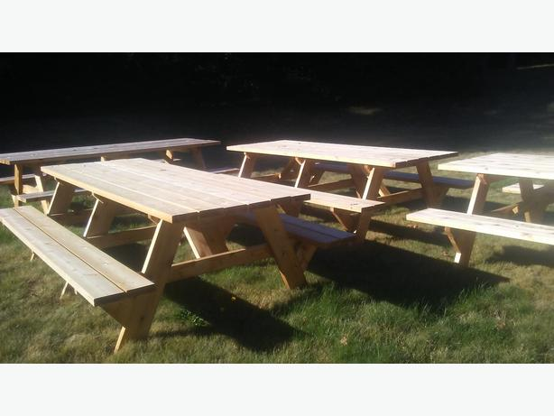 CEDAR FURNITURE: PICNIC TABLE, BENCH/COUCH, MUSKOKA CHAIR