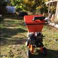 Bearcat chipper with 8.5hp Briggs and Stratton motor