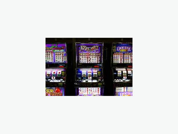 RKV-0001- Bar For Sale with 5 poker machines