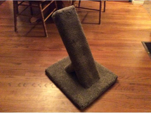 "Brand new 24"" cat scratch post"