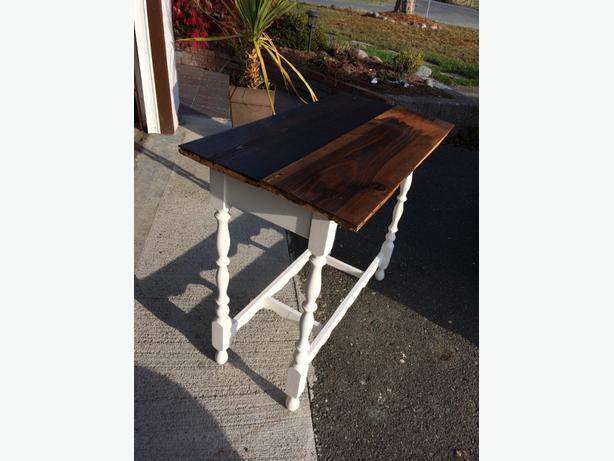 barnboard sofa/ side table