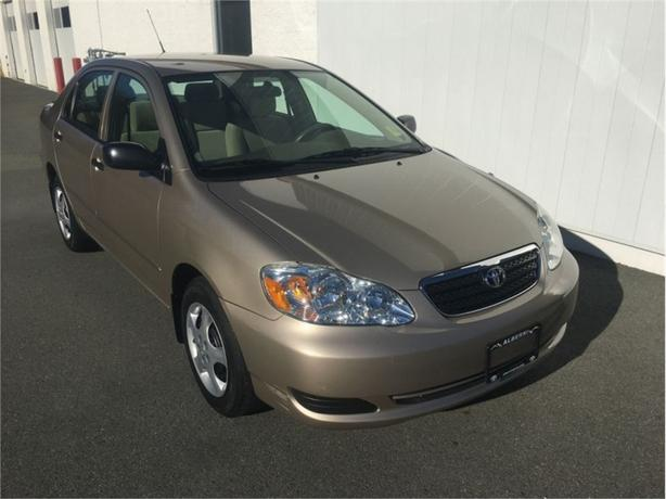 2007 Toyota Corolla CE  - one owner - non-smoker