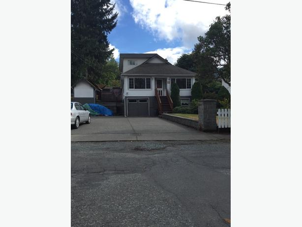 Large family home for Sale in downtown Lake Cowichan