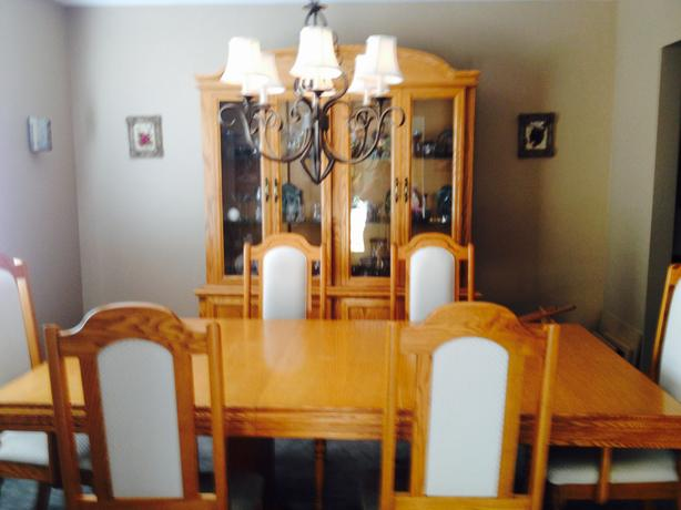 Dining Room Table 6 Chairs Buffet And Hutch