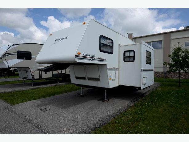 1999 Forest River Rockwood F2520 - ST# 16100U