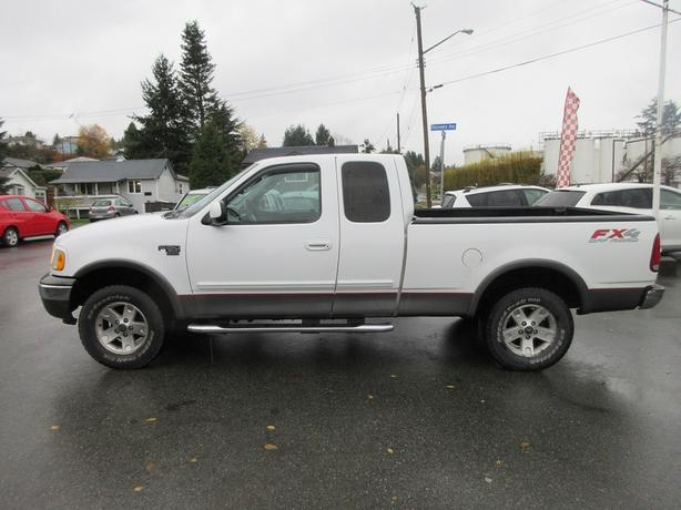 ON SALE! 2002 Ford F-150 XLT 4.6L V8-CLEAN UNIT! DRIVES SMOOTH!
