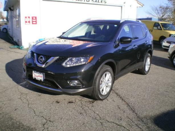 2016 Nissan Rogue SV, awd, sunroof,