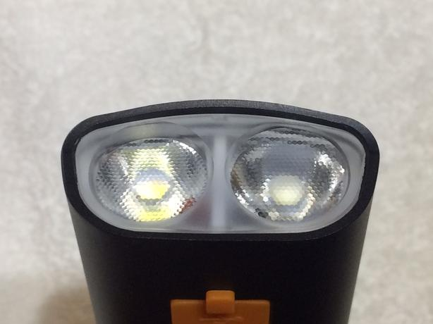 Very bright bike light - Cree L2 bulb and works as 5000mah power bank
