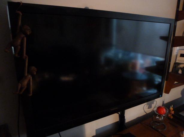 "Toshiba 42"" tv, 3D"