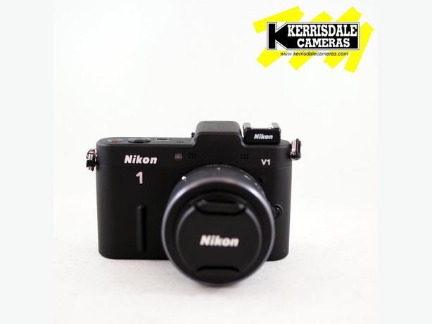 "Nikon V1 Kit with 10-30mm Lens - 10 Megapixel, 1"" Sensor"