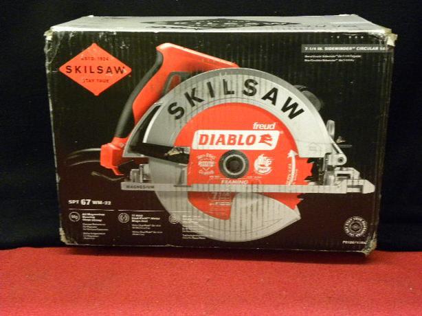 New in Box SKILSAW Magnesium Sidewinder circular saw