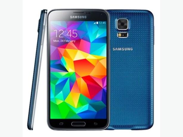 Galaxy S5 Blue *REDUCED PRICE*