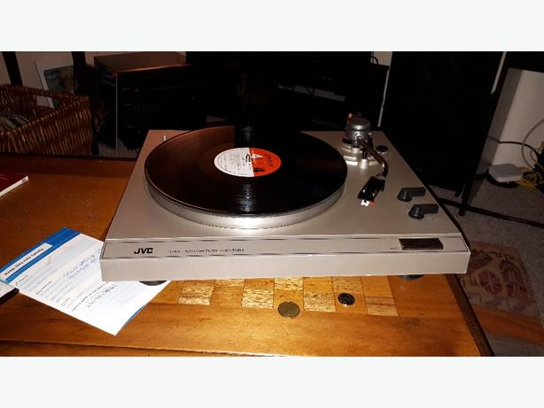 Two JVC turntables - New Stylus