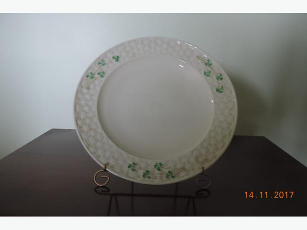 IRISH BELLEEK DINNER PLATES