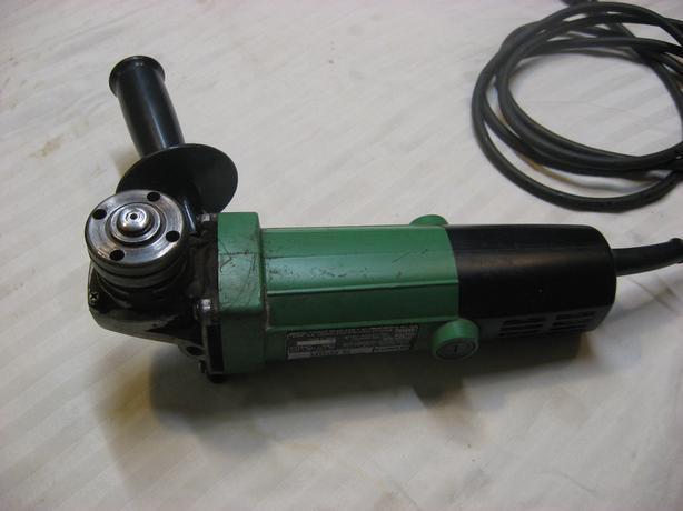 Hitachi 4 1/2 inch grinder