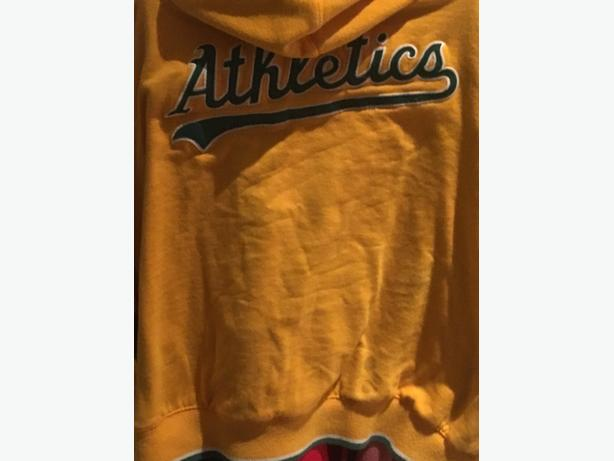 Oakland Athletics Mitchell and Ness Hoodie