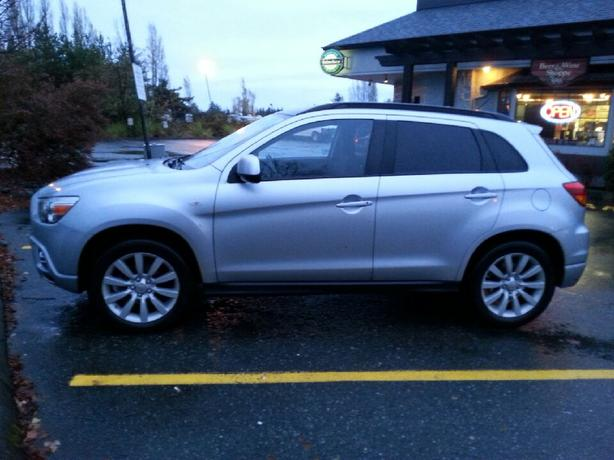 Very well maintained Mitsubishi RVR GT for sale