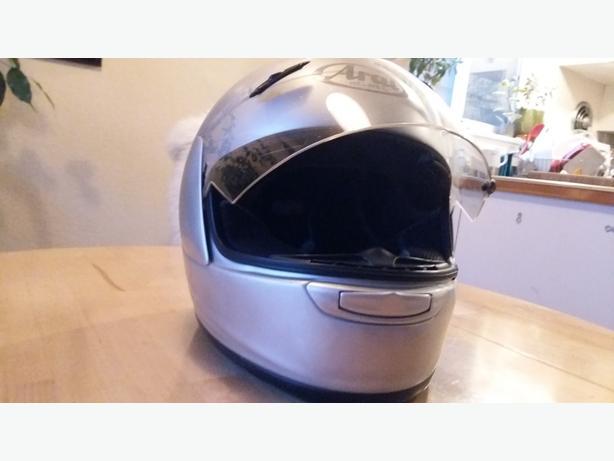 Arai Motorcycle Helmet Size M