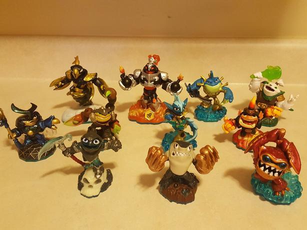 Skylanders various characters