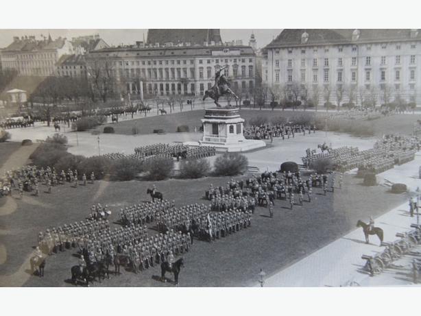 1938 NAZI PARADE IN VIENNA