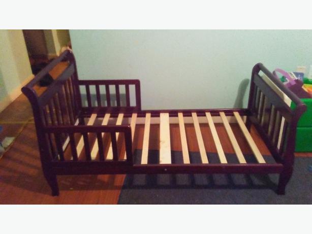 toddler bed 40 obo