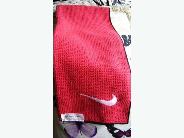Nike Golf Towel - Red Waffle