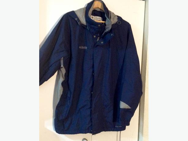 Men's Navy Blue Columbia Rain-jacket Size XL