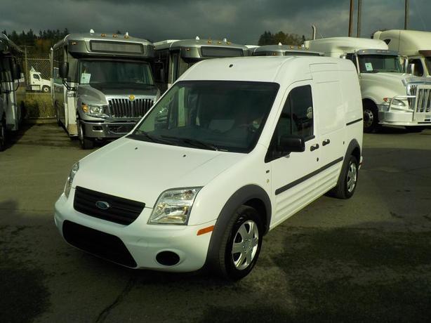 2012 Ford Transit Connect XLT Cargo Van w/ Shelving & Bulkhead Divider