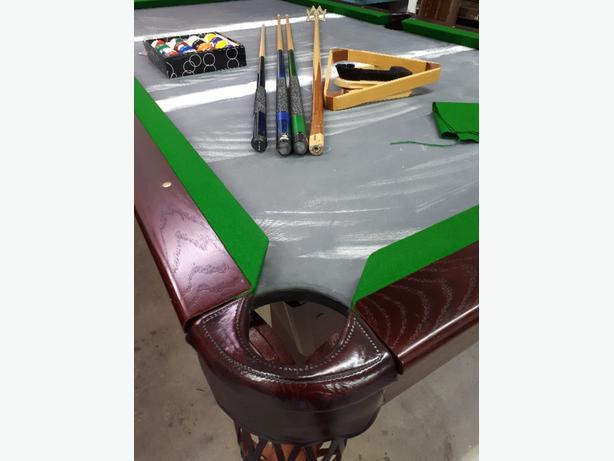 4x8 Dufferin Oak pool table
