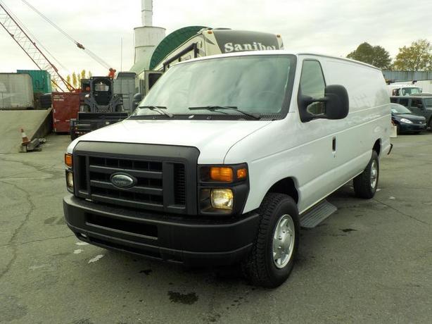 2013 Ford Econoline E-350 Super Duty Extended Cargo Van