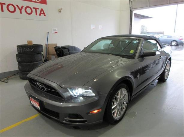 2013 Ford Mustang Convertible V6 Premium