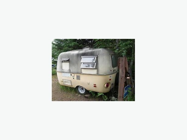 WANTED: Lightweight Old, Small, Trailer (See Example Pics)