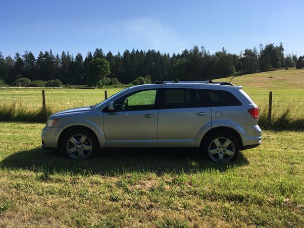 2012 Dodge Journey R/T - Save Time and Money - Trust Auto