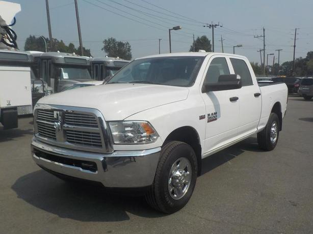 2014 Dodge Ram 3500 ST Crew Cab Short Box 4WD