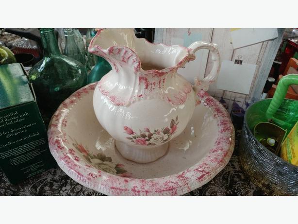 Ceramic jug & bowl