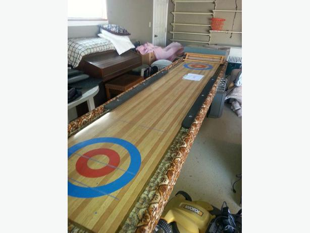 Shuffle Board Table