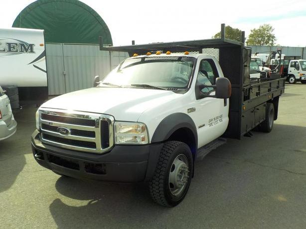 2006 Ford F-550 XLT Regular Cab Dually Diesel 14 Foot Flat Deck