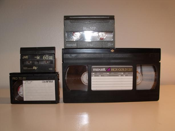 Convert your home video tapes to DVD for Christmas (VHS, 8mm, MiniDV)